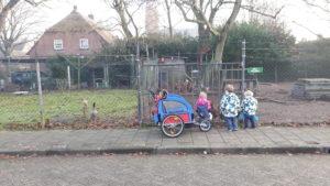 Gastouder gastouderopvang BuitenGewoon spelen activiteiten ontdekken Claudia Vermeulen Berkel-Enschot Tilburg kinderboerderij geitjes kippen natuur buiten